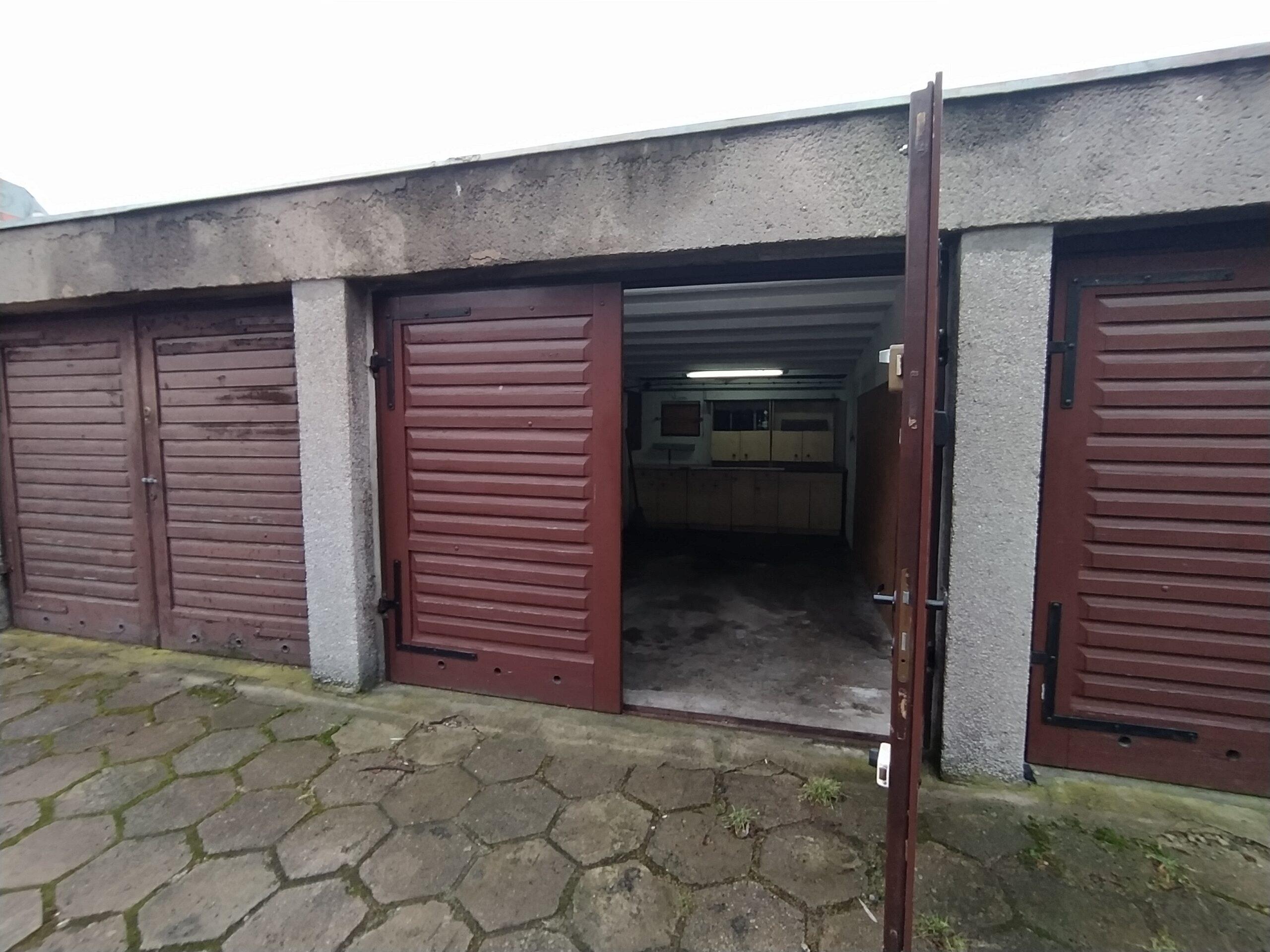 Garaż w centrum Szczecina
